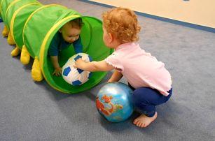 Jahoďáček - pohybově-kreativní pásmo pro děti od 2 let