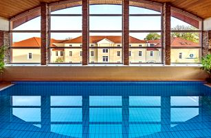 Maďarské lázně Györ s neomezeným wellness ve 4* hotelu pro DVA