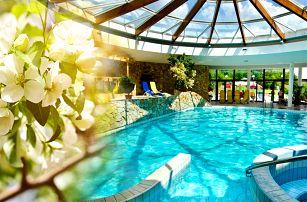Hotel Flóra*** v nejslunečnějších slovenských lázních Dudince s polopenzí, wellness a bazénem