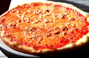 1 či 2 bezlepkové pizzy a nápoj s sebou