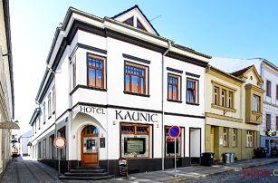 3–6denní pobyt se snídaněmi a vínem pro 2 v Uherském Brodě v hotelu Kaunic***