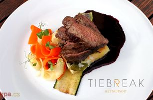 3chodové menu v luxusní restauraci Tiebreak se slevou na nápoje pro 2 na pražské Štvanici