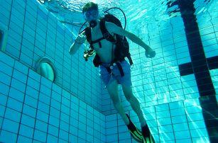 Potápěčem na zkoušku: Kurzy se zkušenými instruktory