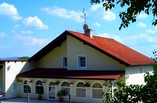 Wellness pobyt pro dva v Penzionu Lavender s polopenzí, snídaněmi, večeří a wellness.