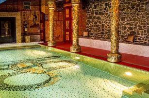 Romantika ve skalním chrámu se slaným bazénem