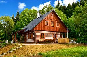 3–5denní pobyt pro až 16 osob ve velmi komfortní Roubence pod lesem v Orlických horách