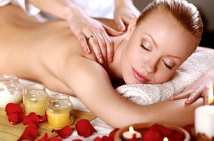 Až hodinová masáž dle vašeho výběru
