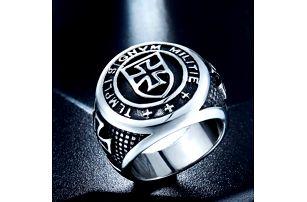 Masivní prsten s templářským motivem