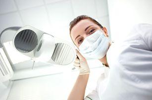 Precizní dentální hygiena včetně Airflow na Žižkově