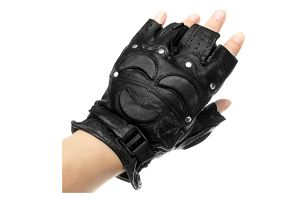 Koženkové rukavice bez prstů s vypolstrováním na klouby