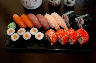 Sushi sety pro 2 až 4 osoby na Praze 6 v Dejvicích