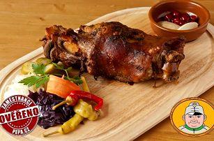 1,5kg pečené vepřové koleno s oblohou pro 2–4 osoby ve Švejk Restaurantu Strašnice v Praze