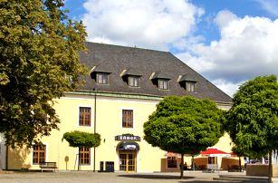 Olomoucko: báječná dovolená na zámku s polopenzí pro pár nebo celou rodinu + cyklomapa