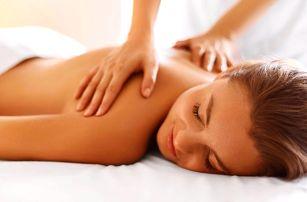 Letní relaxační masáž zad, krku a šíje