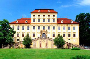 Zámek Červený Hrádek na úpatí Krušných hor s polopenzí, wellness, prohlídkou zámku i výstav pro dva + dítě do 12 let zdarma