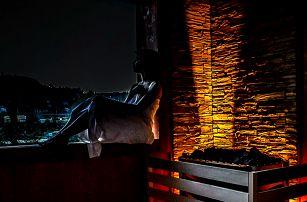 Privátní sauna s vířivkou a lahví prosecca