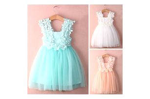 Dívčí šaty s kvítky Princess