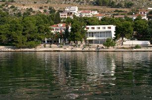 Chorvatsko - Trogir na 8 dní, polopenze nebo snídaně s dopravou vlastní