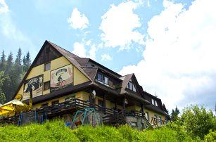 Hotel Fran v Beskydech s bazénem a saunou, dítě zdarma včetně polopenze