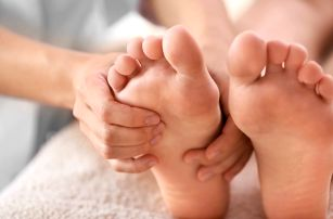 Čínská reflexní 70min. masáž nohou An Mo