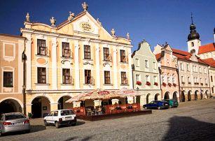 Historické centrum Telče zapsané v seznamu památek UNESCO v hotelu U Černého Orla se snídaněmi a večeří pro dva
