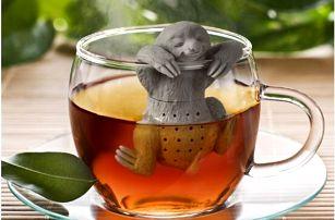 Originální čajové sítko - líný lenochod v lázni