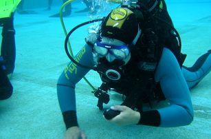 DSD ukázkový ponor pro úplné začátečníky bazén-otevřená voda