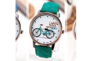 Náramkové hodinky se strojkem Quartz v několika barevných variantách. Tyto stylové hodinky potěší každou slečnu i paní.