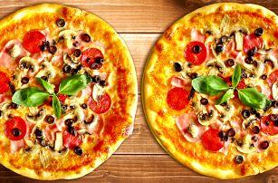 2 pizzy z domácího těsta na výběr ze 17 druhů