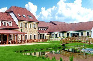 Relax v romantické krajině středních Čech s all inclusive a neomezeným wellness