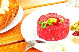 450g tatarák z amerického či uruguayského masa