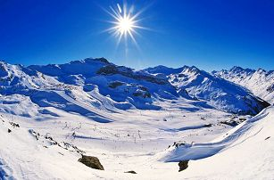 Tyrolské Alpy v hotelu včetně polopenze, wellness a fitness pro JEDNOHO