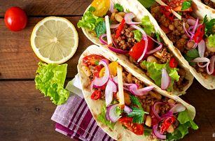 Poctivé kuřecí tacos a domácí limonáda