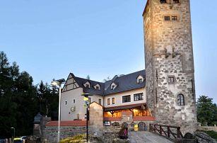 Hotel Liberecká výšina s polopenzí, rozhlednou a památeční knížkou
