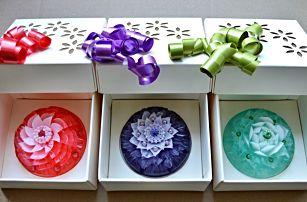 Luxusní mýdla ve tvaru květin s krystalem Swarovski
