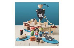 Sada dřevěných hraček Pirátská loď