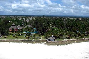 Keňa, Diani Beach, letecky na 9 dní all inclusive