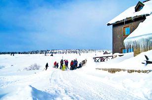 Zimní Krkonoše v horské chatě s polopenzí a odpočinkem v sauně i pro rodinu