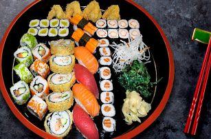 Sushi hostina u vás doma: 31 nebo 47 ks s sebou