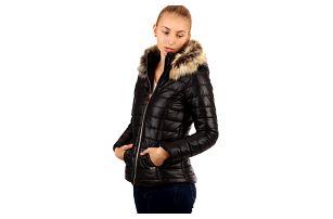 Krátká lesklá bunda s kožíškem černá