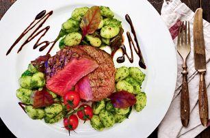 Steak menu: hovězí rib eye a kuřecí supreme