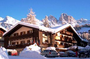 Hotel Arnica - 5denní lyžařský balíček se skipasem v ceně, Dolomiti Superski, Itálie, autobusem, polopenze
