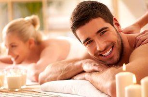 Hýčkání pro pár: Hodinová masáž a lázeň