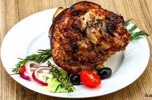 Masové hody: steak, vepřové koleno nebo burger
