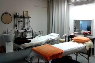 60min. Breussouva masáž, zábal zad a masáž chodidel pro ženy