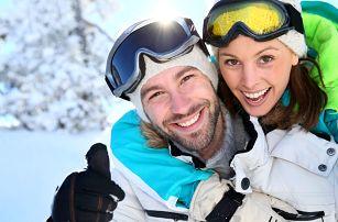 Zimní lyžování na Lipně s polopenzí a saunou