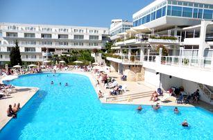 8–10denní Chorvatsko, Istrie | Hotel Delfin*** | Dítě zdarma | Bazén | První řada u moře | Polopenze | Autobusem nebo vlastní doprava