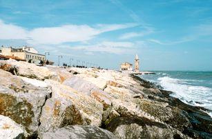 Itálie, víkendový výlet za koupáním v moři v Caorle či Bibione