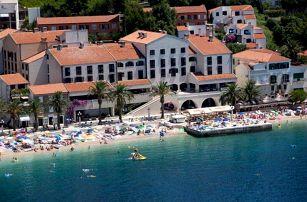 Chorvatsko - Podgora na 8 až 10 dní, polopenze nebo snídaně s dopravou autobusem nebo vlastní