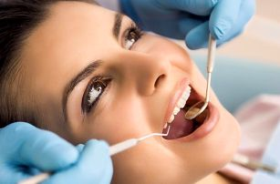 Profesionální dentální hygiena a včetně AirFlow